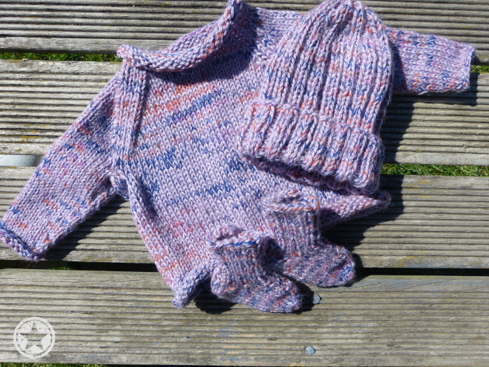 Hand-knitted woollen items